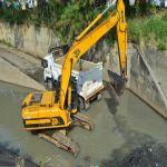 Más de 120 toneladas de basura extraídos de los canales en Cali