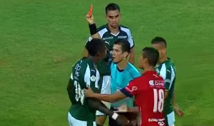 Ezequiel Palomeque suspendido de 4 jornadas de la Liga Águila por lenguaje ofensivo