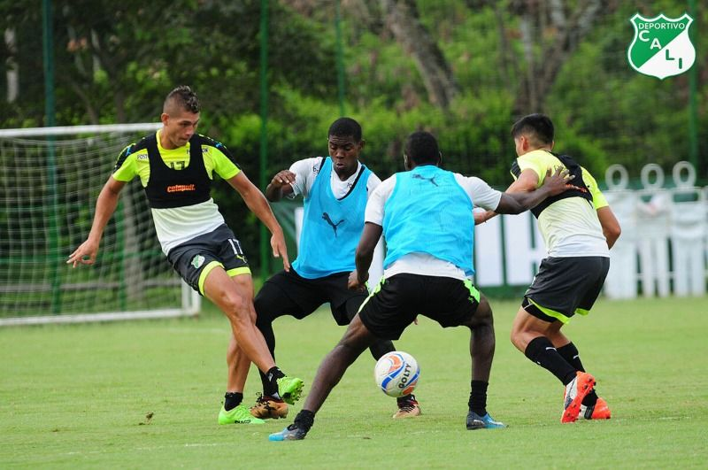 Deportivo Cali se prepara para enfrentar a Junior en Barranquilla