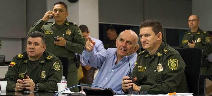 Más de 400 uniformados se despliegan en las principales vías con el Plan Fortaleza