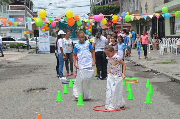 Cali se divirtió con deportes y recreación en sus barrios y calles