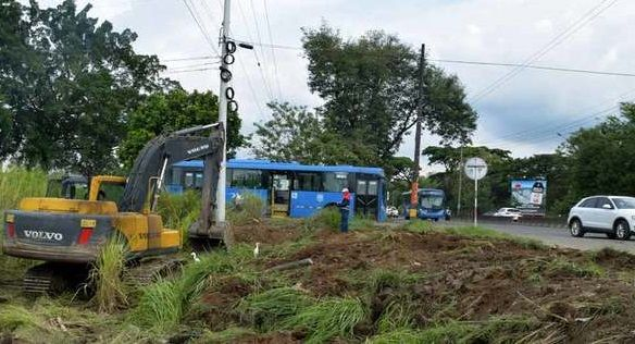 Con limpieza de terreno inició ampliación de la Cali–Jamundí