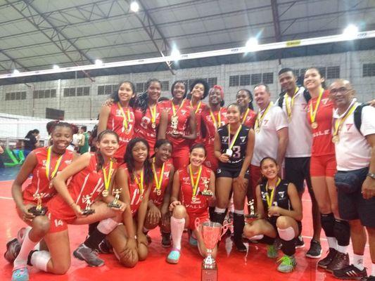 En fotos: Caleños se coronaron campeones nacionales de voleibol