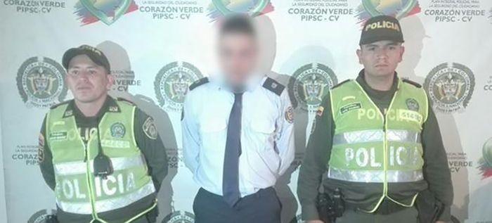 Falsos funcionarios del Cuerpo de Agentes de Tránsito estarían estafando a conductores