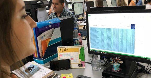 Hacienda Municipal embarga a contribuyentes morosos para recuperar la cartera