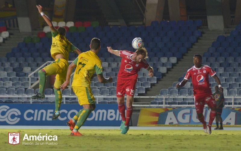 América sudó la escarlata y se llevó el partido ante Leones 2-0
