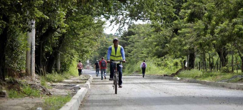Vía Cascajal ya cuenta con un kilómetro pavimentado