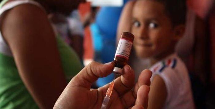 Niños mayores de 5 años podrán vacunarse gratis contra la varicela
