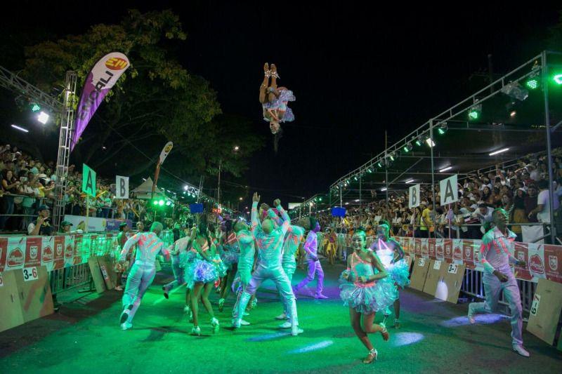 Buscan opciones para realizar desfiles de feria