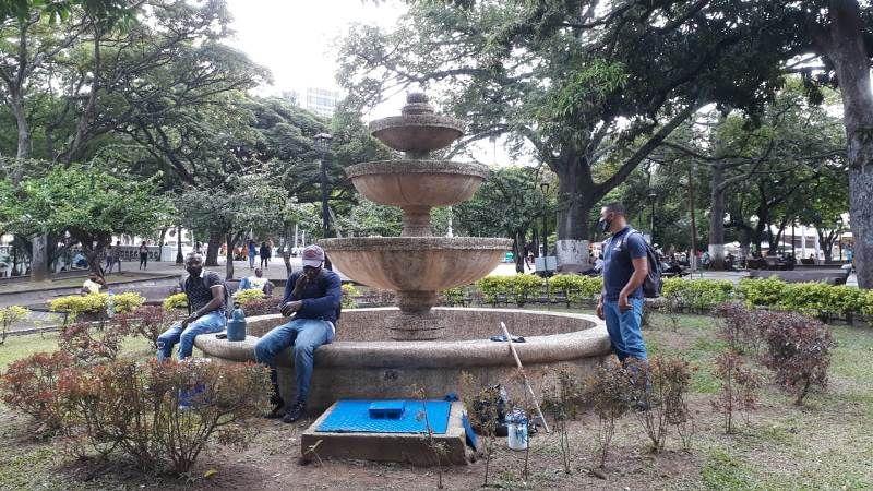 Dedican mantenimiento a 29 fuentes ornamentales
