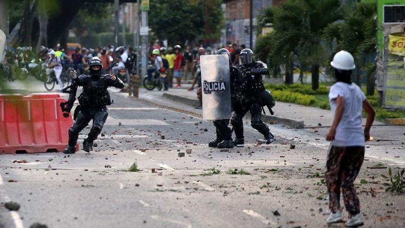 Un muerto, heridos y detenidos dejaron protestas de este jueves