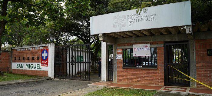 Abierto nuevo centro de vacunación en Hospital Geriátrico San Miguel