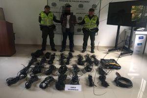 Capturan en flagrancia a 2 hombres por hurto de cables en Prados del Sur