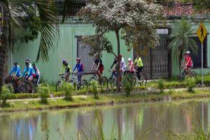 Caleños disfrutaron de la VI Bicicletada por los Humedales