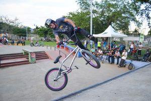 Escalada y BMX invadieron la Unidad Deportiva Alberto Galindo