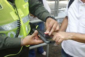 Policía de Cali cuenta con captores biométricos para la seguridad pública
