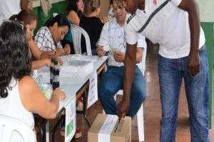 Vallecaucanos votaron en paz durante jornada electoral del domingo