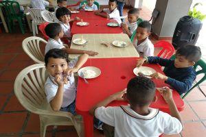 Certificado al 100% Programa de Alimentación Escolar de Cali