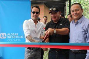 Marc Anthony y Henry Cárdenas inauguraron Centro de Desarrollo Familiar en Cali