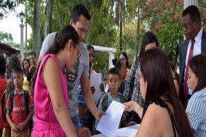 Colegios que no reporten a estudiantes extranjeros podrían ser sancionados