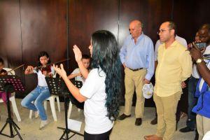 Alcalde caleño reiteró su apoyo a la Escuela de Música Desepaz