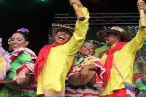 """Comienza Festival Universitario de Danzas Folclóricas """"Dejando Huella"""""""