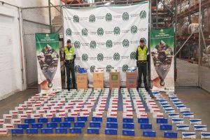 Incautadas dos mil cajetillas de cigarrillos que eran transportadas en encomienda