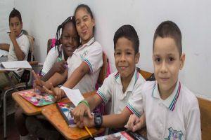 Más de 15 mil estudiantes se favorecerán con el Transporte Escolar Especial