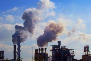 Concejales alegan que hay pocos controles y planes para contrarrestar contaminación del aire
