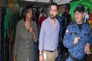 Autoridades evalúan proyectos para contrarrestar hacinamiento en Villahermosa
