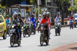 Alcaldía vuelve a permitir circulación de parrillero hombre en motos