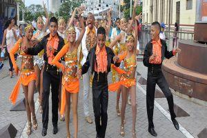 Más de mil niños y jóvenes bailarán para la capital de la salsa en su cumpleaños