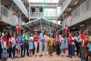 """Megacolegio """"20 de Julio"""" recibirá a más de 300 estudiantes"""