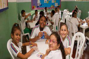 Secretaría de Educación cumple trámites administrativos para garantizar al 100% el PAE