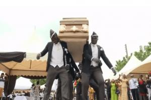 Sepultureros ghaneses acaparan las redes