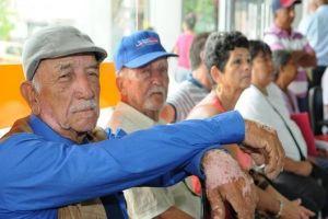 Subsidios al adulto mayor se cancelan de manera habitual