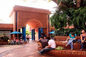 Icesi ofrece 25 becas de posgrado para docentes del sector oficial