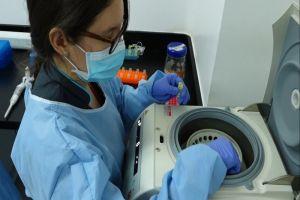 Laboratorio de Univalle procesará diariamente 200 pruebas de Covid-19