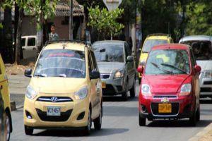 Vehículos particulares llevarán cuatro ocupantes