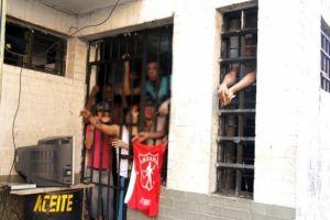 Urge Plan Sanitario en estaciones de Policía para evitar nuevos brotes