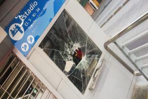 Rechazan actos vandálicos en medio de protestas