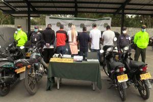 """Capturados los """"KF"""", clan familiar dedicado al hurto de celulares en motocicletas"""